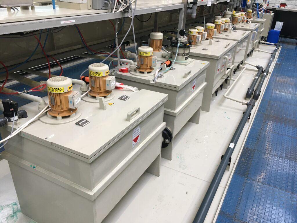 Pompe verticale centrifuge en plastique