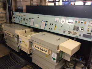 HARLOR DISTRIBUTION Vieux pupitres de commandes- redresseur de courant continu pour traitement de surface des metaux